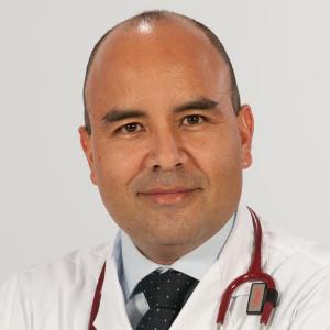 Dr. Luis Guillermo Cueva Beteta
