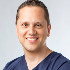 Dr. Nicolás Iglesias Pena