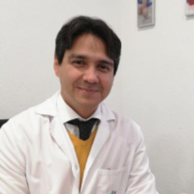 Dr. Cesar Casanova González